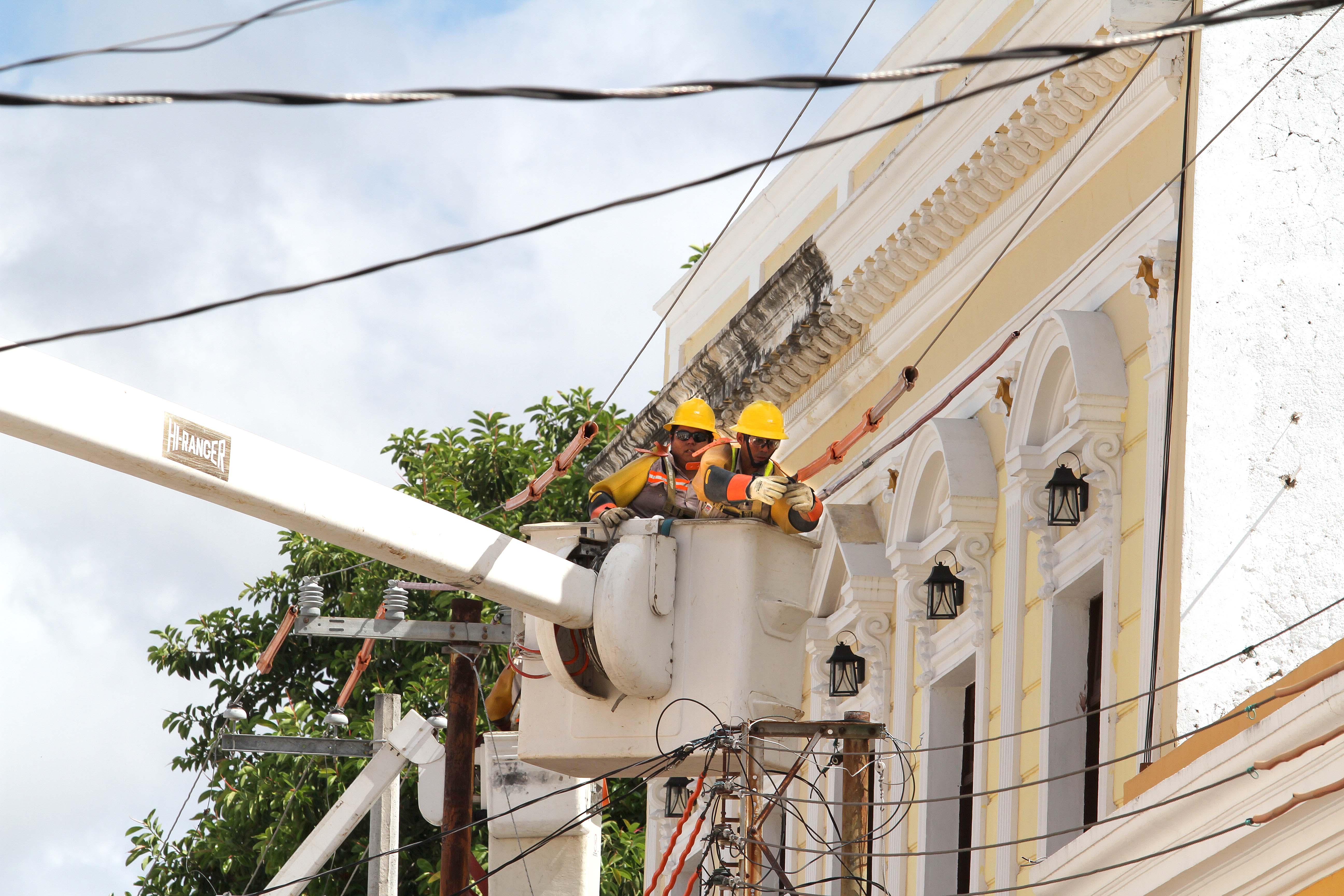 Cfe Sigue Sin Conciliar Con Consumidores Desde El Balcon