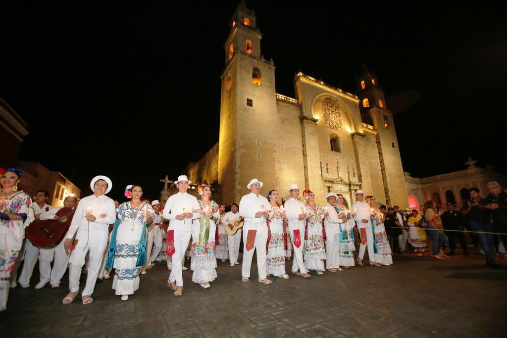 Festejan a Mérida